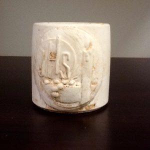 Bomboniera,candela in coccio con simbolo prima comunione diametro cm.  4x h.5.     10 pezzi