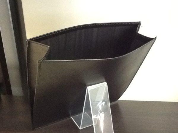 Busta rigida elemosina in pelle nera  cm.25x25