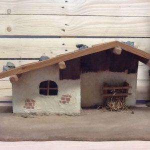 Capanna in legno di Ortisei fatta a mano con sassi e finto muro cm.64x30x28.5