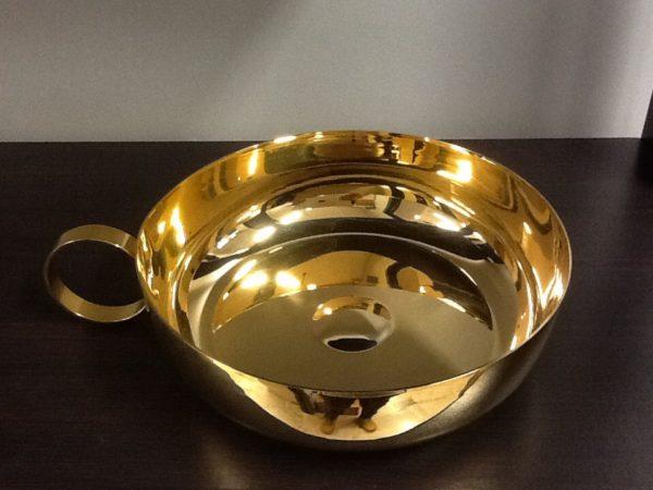 Ciotola con manico realizzata in metallo dorato h.cm.5 diametro cm.16