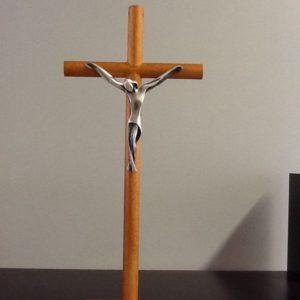 Croce in legno con base e corpo Cristo bagnato in argento base cm.8x5 croce cm.11x25.5 h.