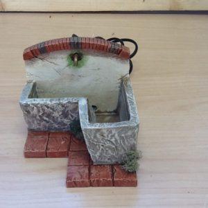 Fontana con acqua elettrica in resina cm.11.5x16.5x9.5 h