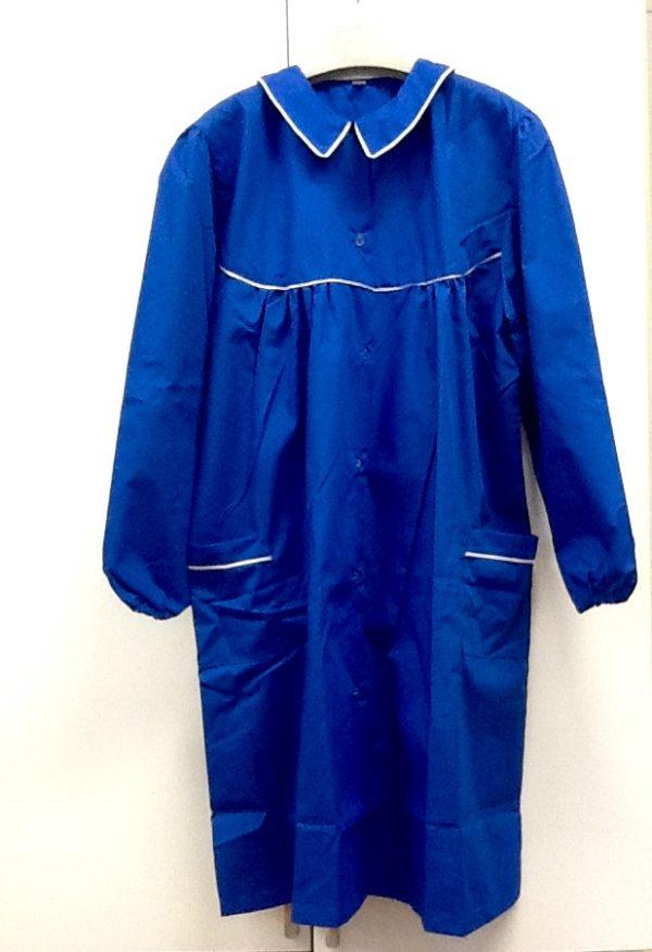 Grembiule femmina in misto cotone di colore blu ,ottima manifattura italiana, taglia 90/95 prima media