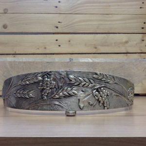Leggio in plexiglas base in metallo argentato decorato con uva cm.40x31x13 h.