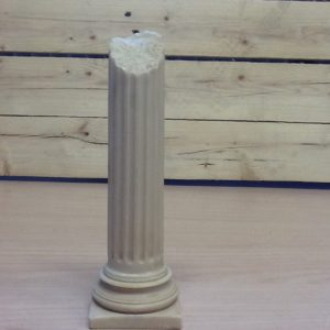 Mezza colonna romana in resina cm.6.5x6.5x20h