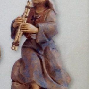 """Pastore """"musicista""""realizzato in resina colorata e rifinita a mano per presepe da cm.12"""