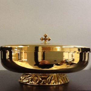Pisside,patena realizzata in ottone dorato h.cm.6 diametro cm.16