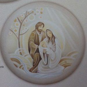 """Quadro """" Sacra Famiglia con Albero della vita su pannello tondo in legno decorato con argento,oro e bordo perla diametro cm.51"""