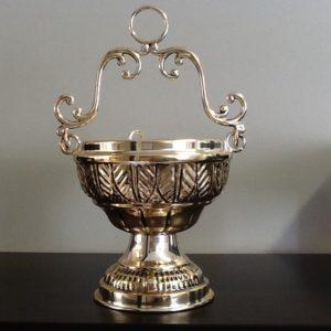 Secchiello in metallo argentato e decorato h.cm.12.5 diametro cm.11