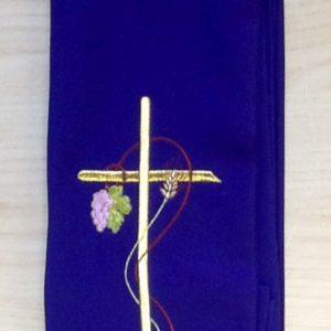 """Stola di colore viola con ricamo """"spiga uva""""poliestere"""